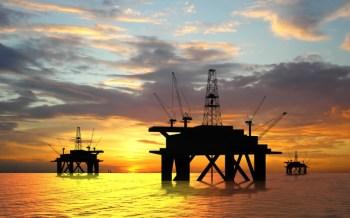 Dentro do acordo da Opep+, Moscou prometeu reduzir sua produção para aproximadamente 8,5 bilhões de barris entre maio e julho para manter o preço do petróleo