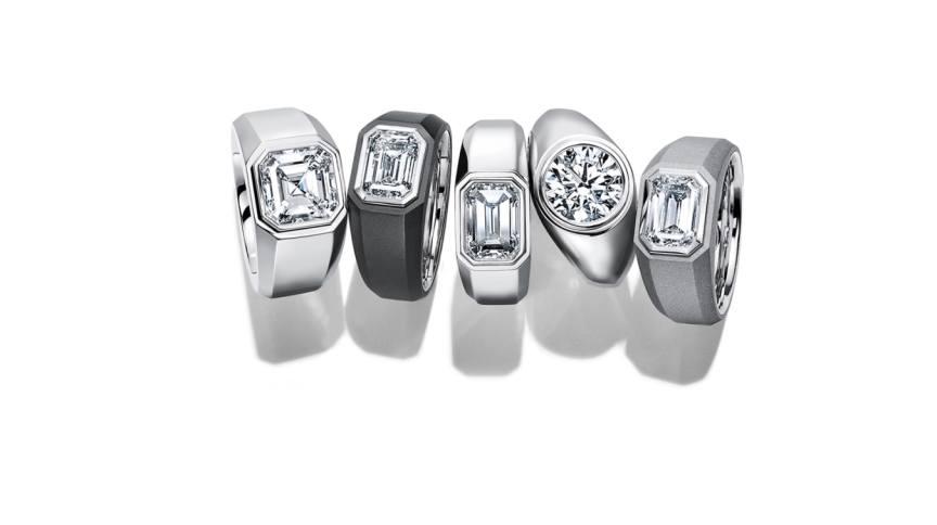 Tiffany & Co. passa a desenvolver anéis de noivado para homens; as peças podem ter diamantes de até 5 quilates