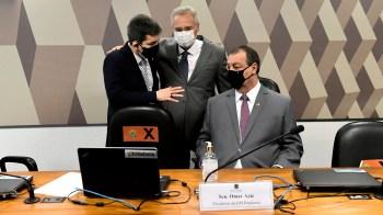 CPI já convocou juristas para que sejam esclarecidos quais tipos penais poderão ser enquadrados ao presidente e seu governo