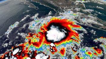 A primeira tempestade tropical de 2021 do Pacífico Oriental se formou perto do sudoeste da costa do México no domingo (10)