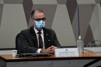 Em depoimento à CPI da Pandemia, diretor-presidente da Anvisa falou também sobre a proposta apresentada para mudar bula da cloroquina