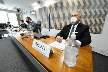 Em duas semanas, a comissão ouviu seis testemunhas, incluindo dois ex-ministros da Saúde e o atual titular da pasta