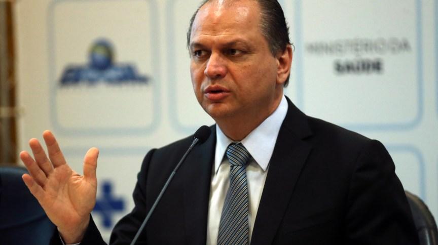 O deputado federal Ricardo Barros (PP-PR), ex-ministro da Saúde, informou que foi infectado pelo novo coronavírus