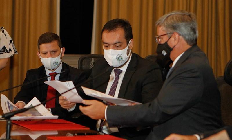Governador Cláudio Castro assina a doação do terreno ao Tribunal de Justiça do Rio de Janeiro