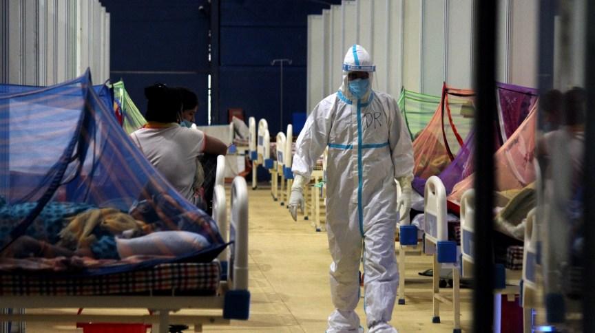 Com mais de 4 mil casos pelo terceiro dia seguido, Índia passou de 24 milhões de infecções por Covid-19