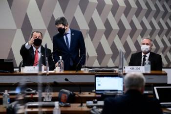 A decisão do ministro do STF Ricardo Lewandowski foi comentada pelo presidente, vice e relator da CPI