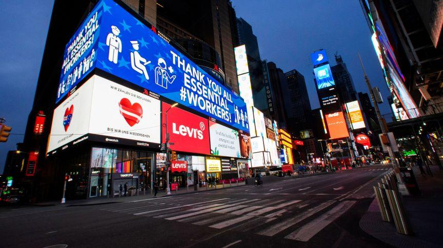 A Times Square, em Nova York, durante a pandemia do novo coronavírus