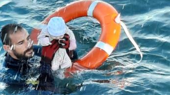 Crianças resgatadas foram entregues às suas famílias, de acordo com a Guarda Civil Espanhola