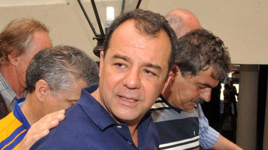 Ex-governador Sérgio Cabral é preso durante a Operação Calicute, 37ª fase da Operação Lava Jato (17.nov.2016)