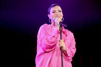 """Lovato acrescentou que chegou à decisão após """"um processo de cura e autorreflexão"""""""