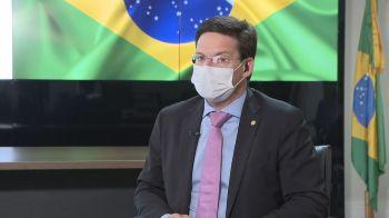 João Roma convocou coletiva de imprensa para explicar o novo programa social do governo, que, segundo ele, deve pagar, no mínimo, R$ 400