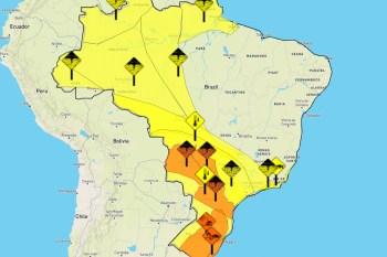 Alerta vale para todo o domingo (23). No sábado, Praticagem de São Paulo registrou fortes rajadas no Porto de Santos
