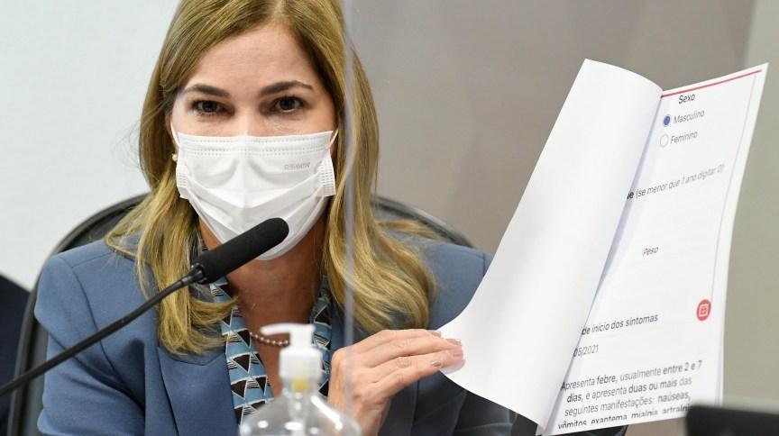 Mayra Pinheiro, secretária de Gestão do Trabalho e da Educação na Saúde do Ministério da Saúde, presta depoimento na CPI da Pandemia