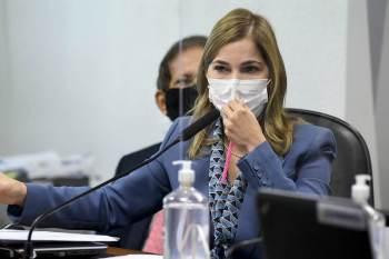 O ministro Ricardo Lewandowski deu o prazo de cinco dias para a CPI se manifestar sobre a acusação da defesa de Mayra Pinheiro