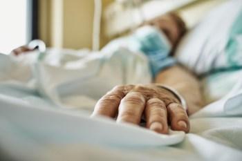 No quadro Correspondente Médico, dr. Fernando Gomes explicou quais são os sintomas neurológicos e psiquiátricos persistentes em pacientes recuperados
