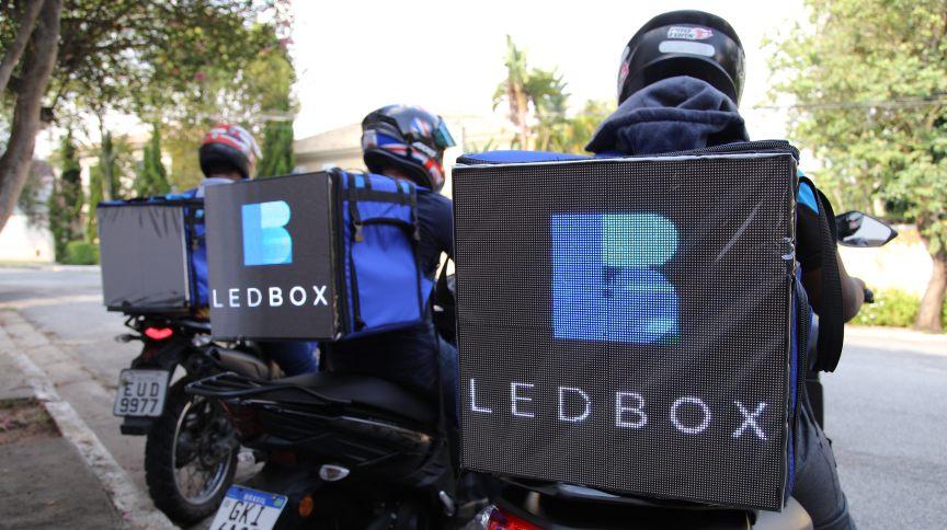 Mochila da Ledbox é conectada à internet e resistente à chuva