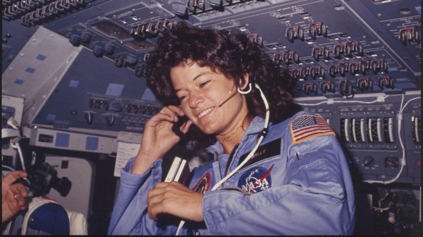Sally Ride foi a primeira mulher americana a ir para o espaço, em 1983, e a terceira mulher, no geral, a fazê-lo
