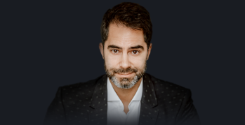 Victor Sorrentino foi preso no Egito após acusação de assédio contra vendedora