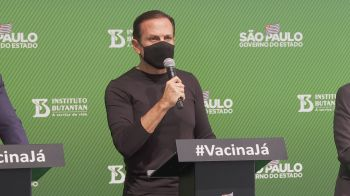 Marca foi atingida no país neste sábado (19), e políticos comentaram o assunto nas redes sociais