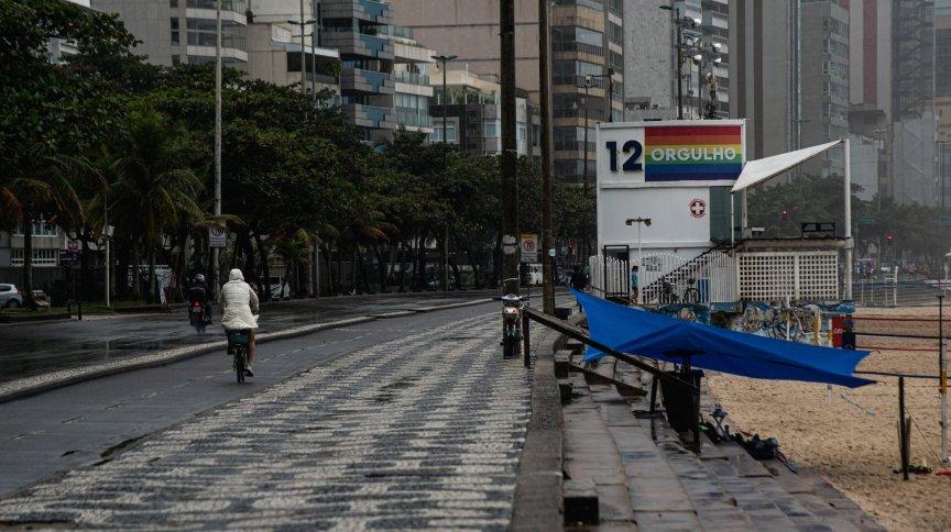 Na última semana, a cidade do Rio de Janeiro relaxou as medidas restritivas liberando rodas de samba e sem limite de horário para música ao vivo