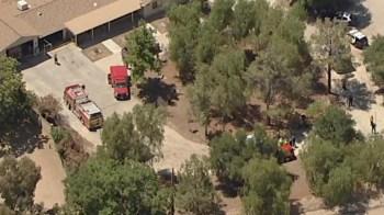 Uma pessoa que estava em um veículo próximo ao Corpo de Bombeiros foi detida, mas ainda não se sabe se essa pessoa é suspeita de participar do tiroteio