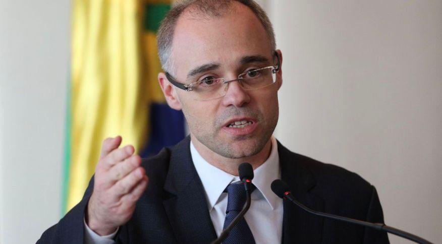 André Mendonça, que chefiava a Advocacia-Geral da União foi nomeado por Bolsonaro para o Ministério da Justiça e Segurança Pública