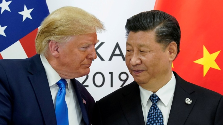 Presidente dos EUA, Donald Trump, ao lado do presidente da China, Xi Jinping