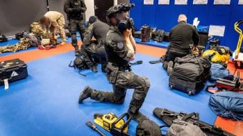 Operação, que envolveu o FBI e as polícias australiana e europeia, prendeu suspeitos na Austrália, Ásia, Europa, América do Sul e Oriente Médio
