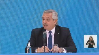 Alberto Fernández afirmou também que os argentinos chegaram de barcos da Europa. Após a repercussão, ele se desculpou nas redes sociais