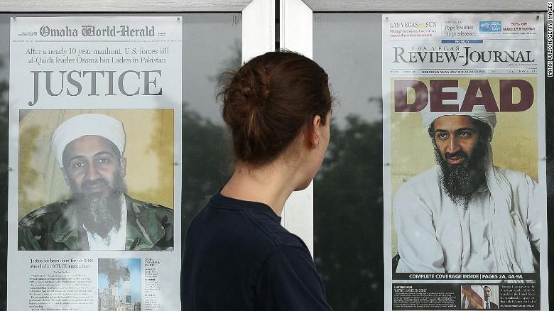 A morte de Osama Bin Laden é capa de jornais nos Estados Unidos no dia seguinte à execução, em 03 de maio de 2011.