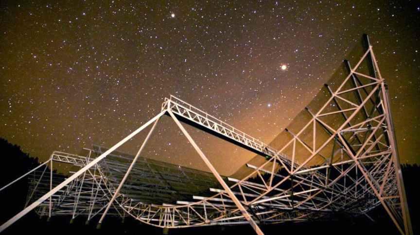 Sistema CHIME detecta rajadas de rádio no espaço
