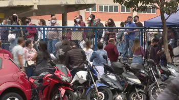 Fila em São Paulo gerou aglomeração, apesar da entrada nos locais de prova ser escalonada