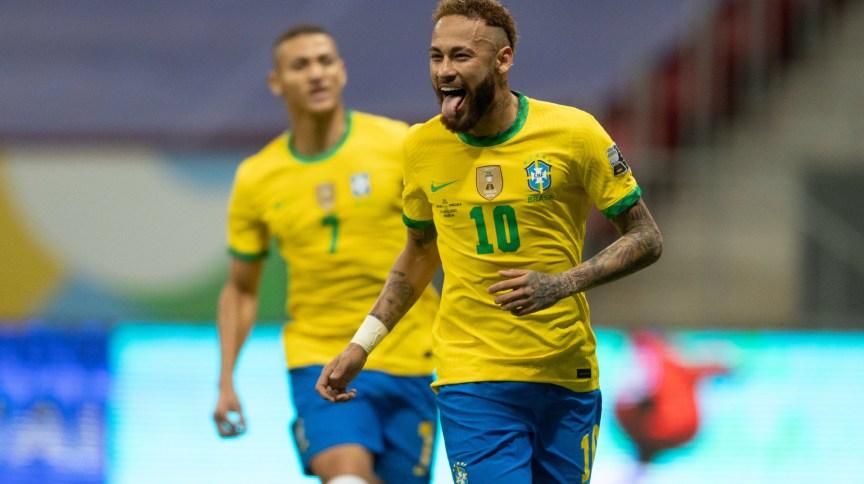 Neymar comemora gol na Copa América