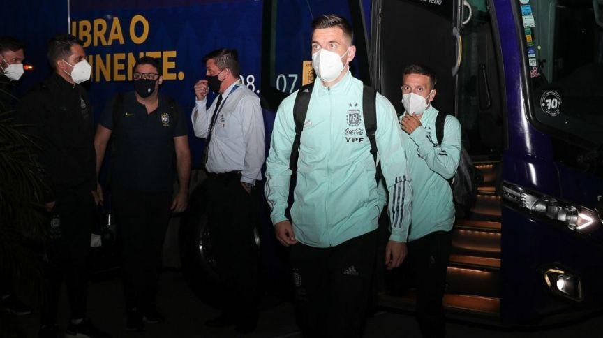 Delegação argentina desembarca no Brasil para disputa da Copa América