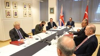 Premiê britânico diz que 'há coisas que devem ser administradas juntas' com Pequim, mas que aliança também vê oportunidades de melhorar relação com chineses