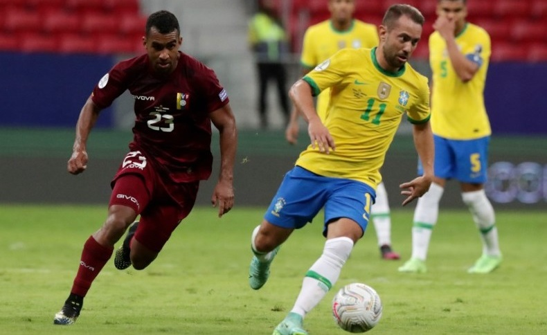 Partida entre Brasil e Venezuela na abertura da Copa América