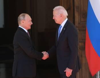 """""""Estamos preparando outro pacote de sanções a serem aplicadas neste caso"""", disse o conselheiro sobre prisão e envenenamento do opositor russo Alexei Navalny"""
