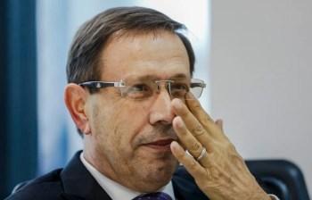 Segundo ministro do STF, decisão ocorre após o empresário se comprometer a comparecer à sessão
