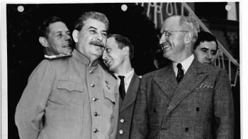 Nesta quarta-feira (16), o presidente dos Estados Unidos, Joe Biden, e o presidente da Rússia, Vladimir Putin, se encontraram em Genebra, na Suíça