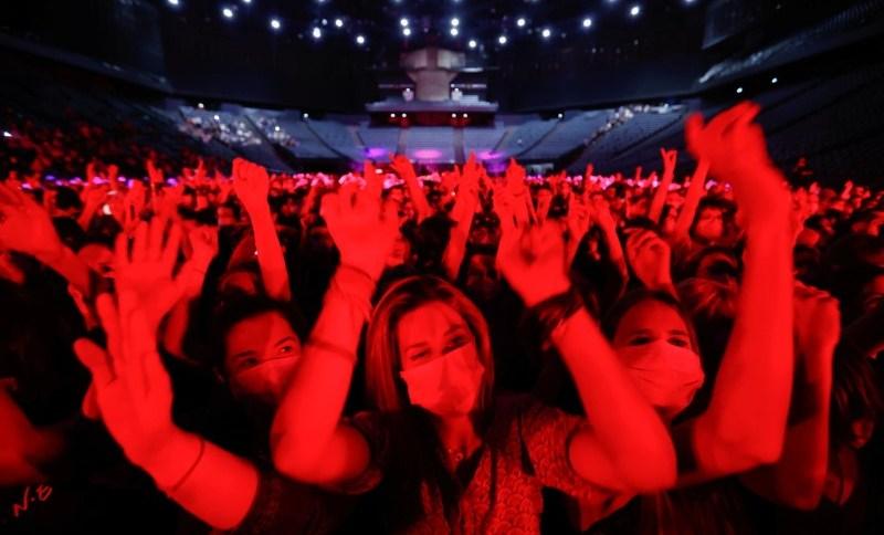 "Show teste ""Ambition Live Again"" na Arena Accor, Paris"