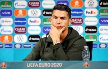 Diretor da Euro 2020, Martin Kallen, diz que não punirá atacante português, mas não descarta multas caso novos casos de rejeição a patrocinadores ocorram