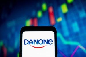 Danone tem alta de 5,8% na receita com vendas no 3º tri, para 6,158 bi de euros