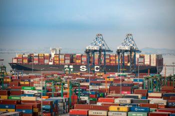 O efeito dominó está criando um grande problema para o setor de transporte marítimo mundial
