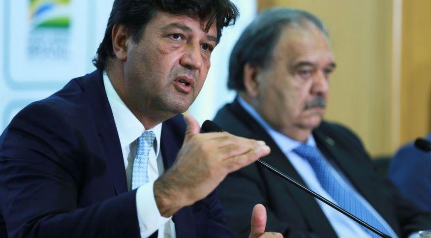 Luiz Henrique Mandetta em coletiva sobre coronavírus em Brasília (26.fev.2020)