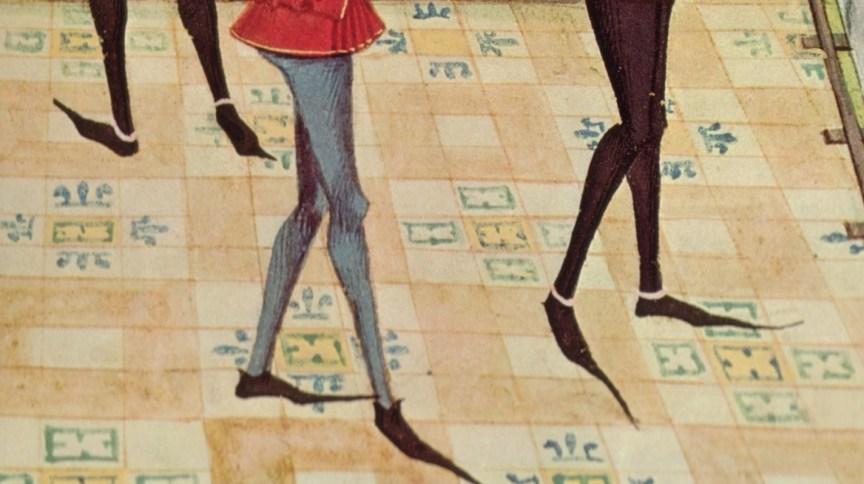 Detalhe das poulaines no manuscrito iluminado de Renaud de Montauban, do século 15