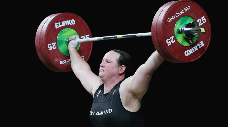 Halterofilista Laurel Hubbard, da Nova Zelândia, deve ser primeira atleta transgênero a competir nas Olimpíadas