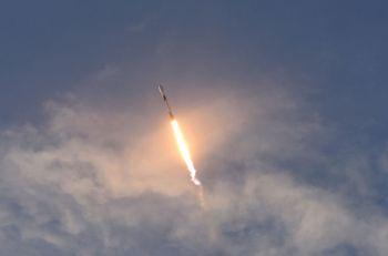 Starlink planeja implantar 12 mil satélites a um custo de cerca de US$ 10 bilhões; atualmente oferece serviço em fase de teste em 11 países