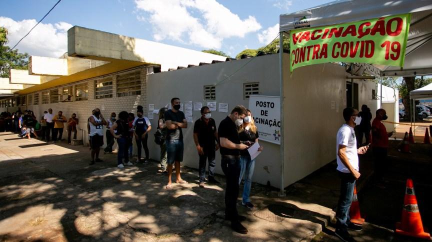 Posto de vacinação contra Covid-19 no Hospital do Guará, em Brasília