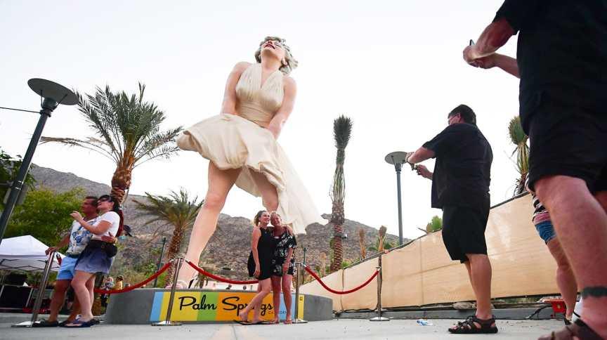 Comerciantes e ativistas contra o machismo pedem a remoção da estátua considerada 'hiper-sexualizada' de Marilyn Monroe