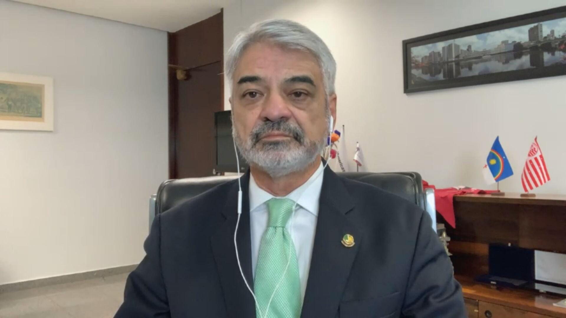 Membro da CPI da Pandemia, senador Humberto Costa (PT-PE) em entrevista à CNN (2